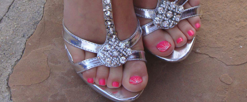 10 Ways To Disguise Ugly Feet Uglee Feet